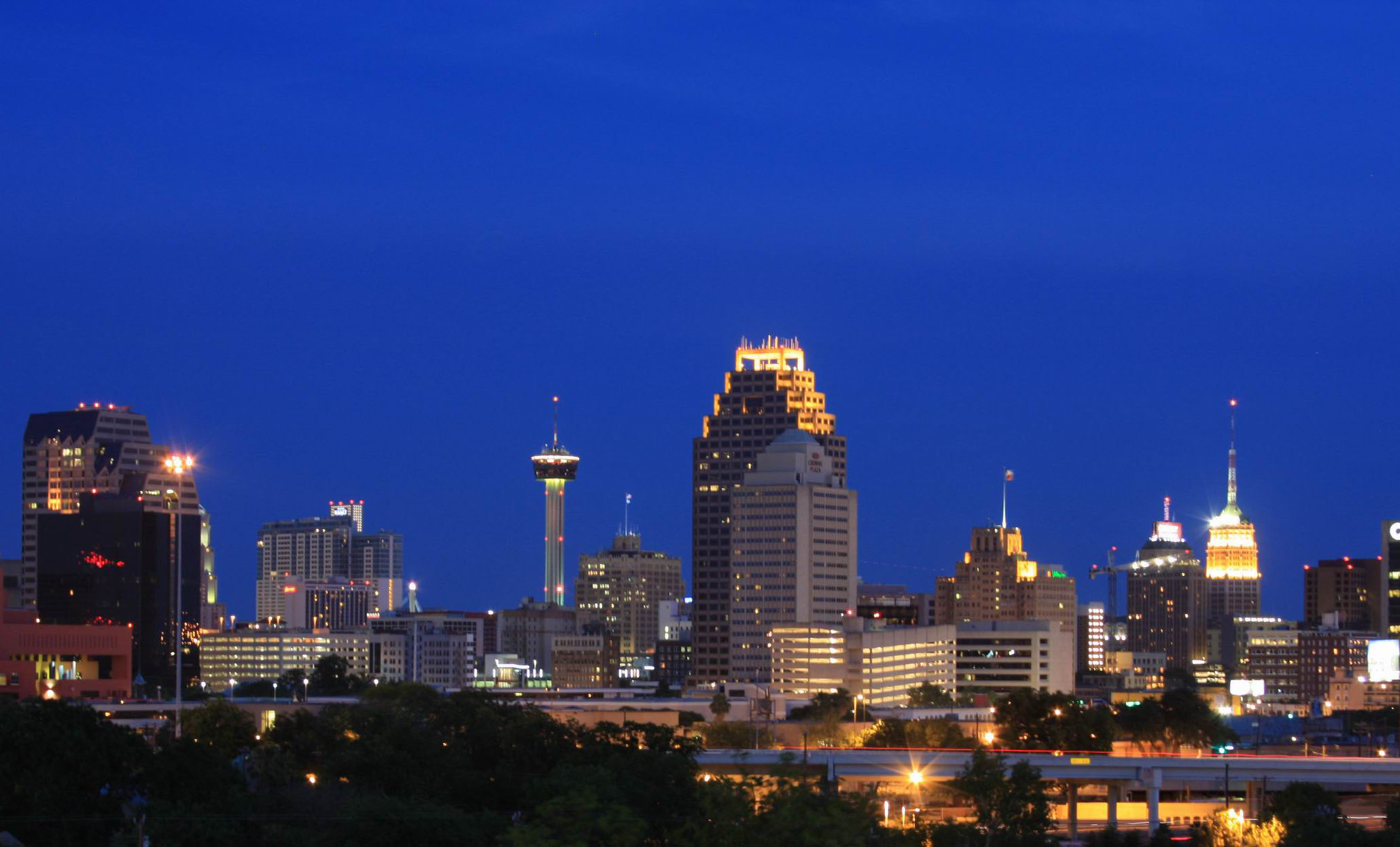 San Antonio - Corra Sponsors 2014 eTail West Conference