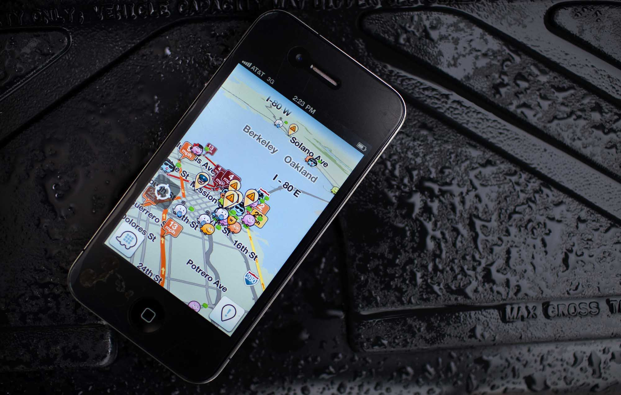 Waze, Google and EcommerceCorra Counts the Ways Waze Will Impact Google and Ecommerce